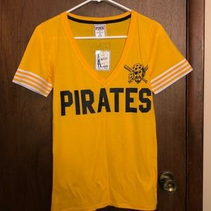 Pink by Victoria's Secret Pittsburgh Pirates tee